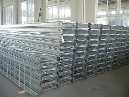 Thang cáp 750*50, 1mm
